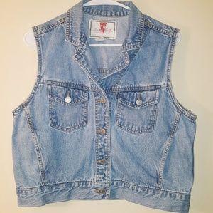 '95 vintage Levi's denim vest